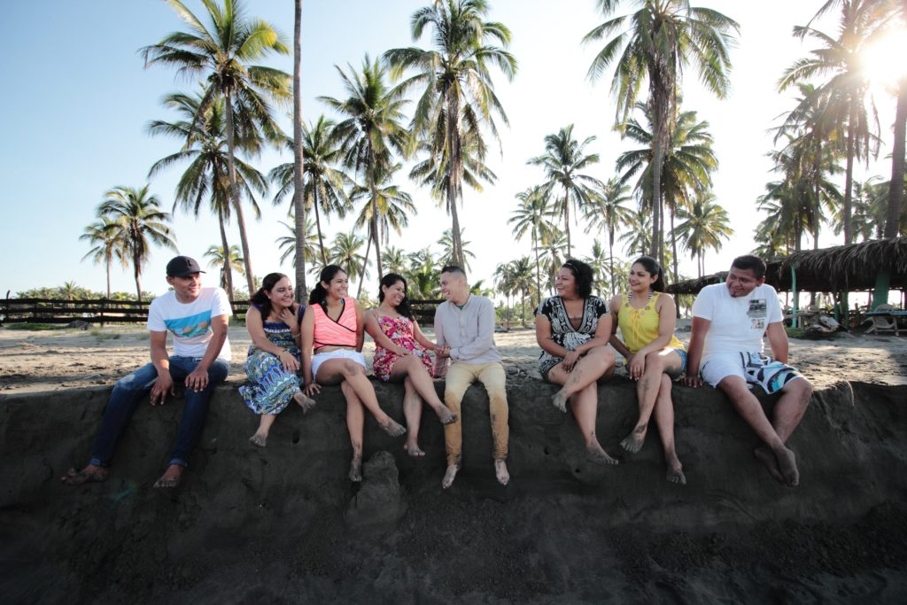 In the beach with the friends of TEFL