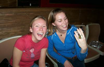 September TEFL students – Morgan and Melissa share a laugh together.
